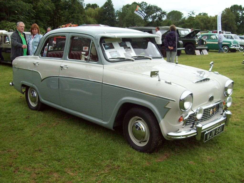 The Austin A55 - or Austin Cambridge - served as the basis for the Shamrock
